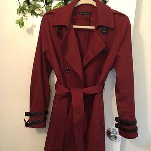 very elegant Trench coat never worn